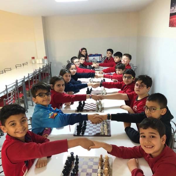 Denge Okullarında Satranç Turnuvası