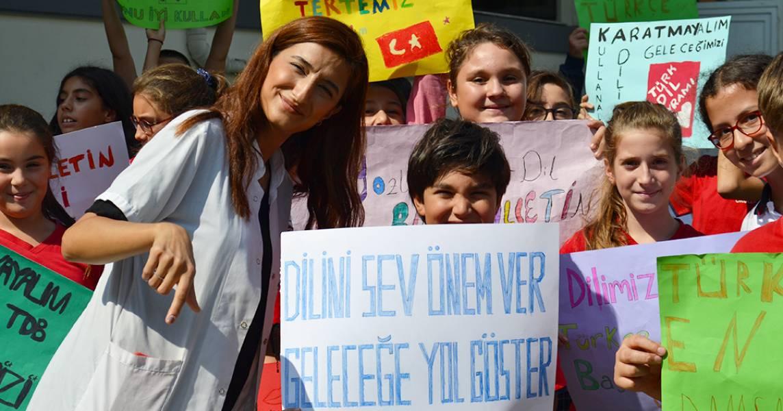 Denge Okulları öğrencileri,87. Dil Bayramını coşkuyla kutluyor!